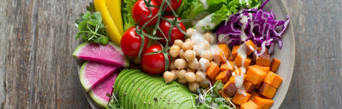 Chia sẻ nhiều công thức nước sốt salad thuần chay thơm ngon